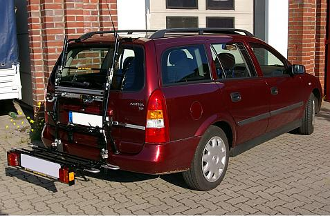 Opel Astra G Caravan Bike carrier with comfort load extension in loading position. Without trailer hitch!