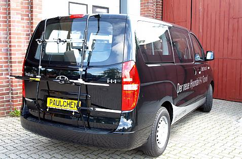 Hyundai H1 Travel (H1) Bike carrier in loading position