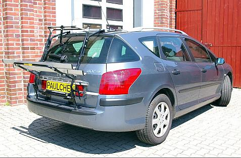 Peugeot 407 SW Bike carrier in loading position