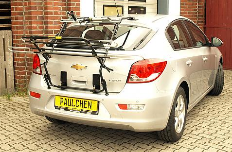 Chevrolet Cruze Schrägheck Bike carrier in loading position