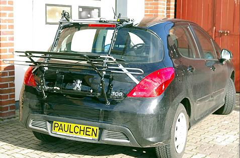 Peugeot 308 Bike carrier in loading position