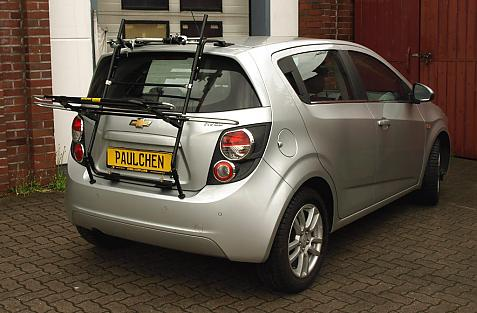 Chevrolet Aveo Bike carrier in loading position