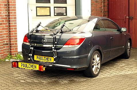 Opel Astra H TwinTop Bike carrier with comfort load extension in loading position. Without trailer hitch!