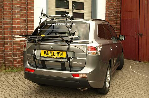 Mitsubishi Outlander III (CW0) Bike carrier in loading position