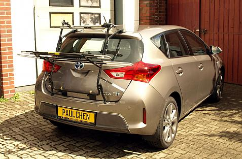 Toyota Auris/Auris Hybrid Bike carrier in loading position