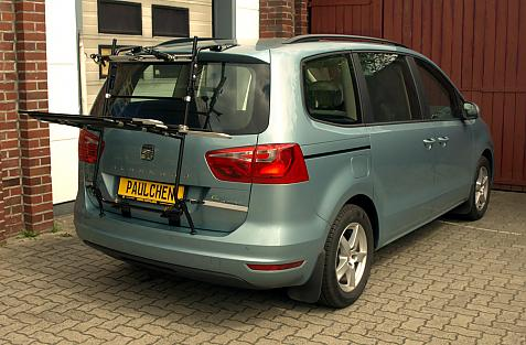 Seat Alhambra Bike carrier in loading position
