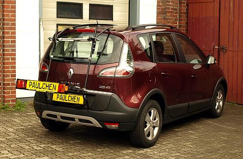 Renault Scenic Bike carrier with light bar in loading position