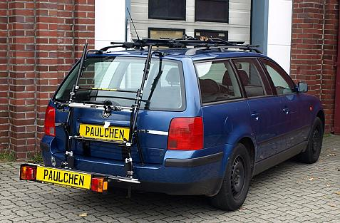 Volkswagen Passat Variant Bike carrier with comfort load extension in loading position. Without trailer hitch!