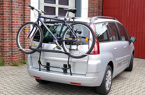 Citroen Grand C4 Picasso I (UA) Bike carrier loaded with bike