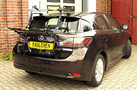 Lexus CT200 h Bike carrier in loading position