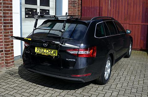 Skoda Superb III Combi (3V5) Bike carrier in loading position