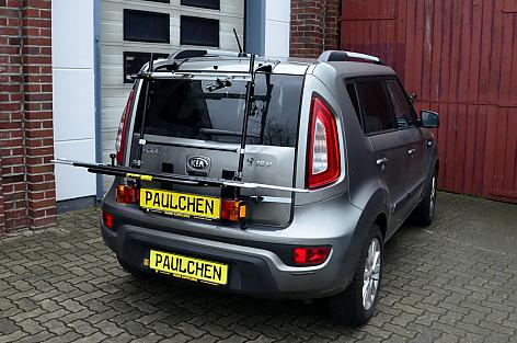 Kia Soul (AM) Bike carrier with light bar in loading position