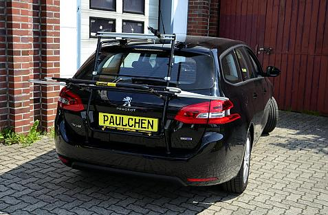 Peugeot 308 SW II Bike carrier in loading position
