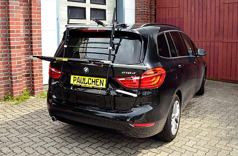 BMW 2er Gran Tourer Bike carrier in loading position