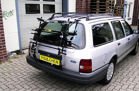 Ford Sierra Turnier Bike carrier in standby position