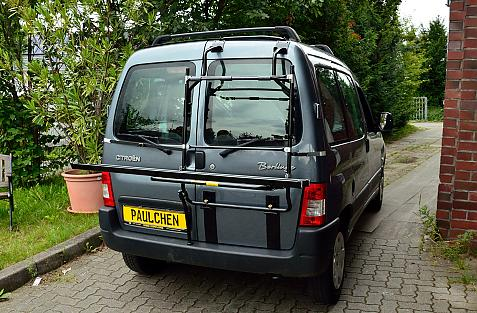 Citroen Berlingo I Bike carrier in loading position