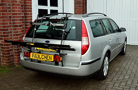 Ford Mondeo Turnier Bike carrier with light bar in loading position
