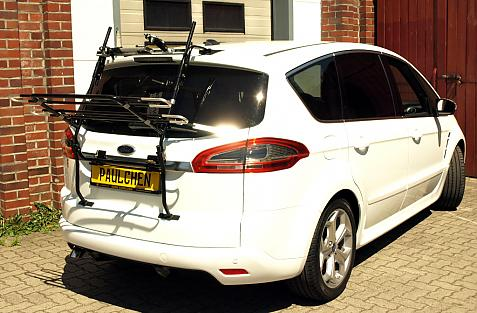 Ford S-Max Bike carrier in loading position