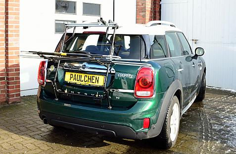 Mini Mini Cooper S Countryman (F60) Bike carrier in loading position