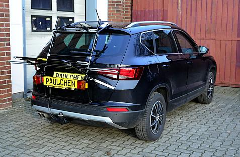 Seat Ateca (KH7) Bike carrier with light bar in loading position