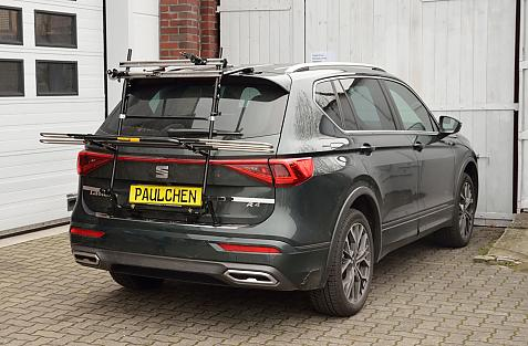 Seat Tarraco Bike carrier in loading position