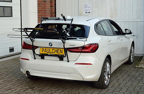 BMW 1er (F40) Bike carrier in loading position