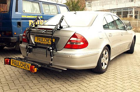 Mercedes E-Klasse (W211) Bike carrier with comfort load extension in loading position. Without trailer hitch!