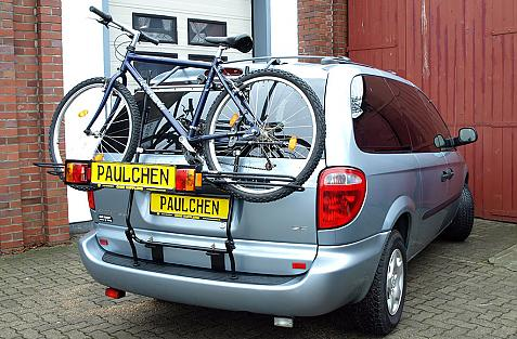 Chrysler Voyager Bike carrier with light bar and loaded with bike