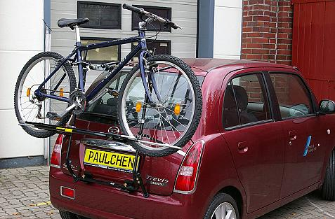Daihatsu Trevis Bike carrier loaded with bike