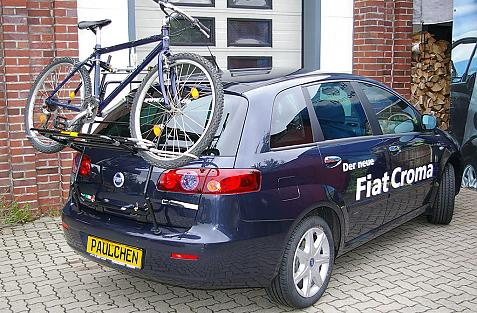 Fiat Croma Bike carrier loaded with bike